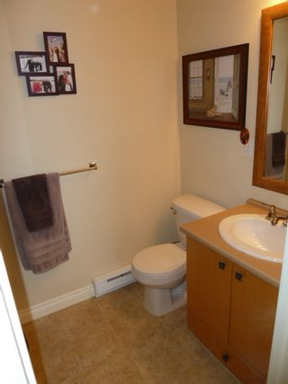 Photo 11: 501 8717 160 Street in Vernazza: Home for sale : MLS®# F1220256