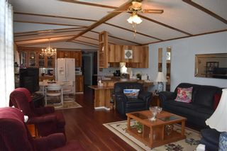Photo 2: 32 Delta Crescent in St Clements: Pineridge Trailer Park Residential for sale (R02)  : MLS®# 202117671