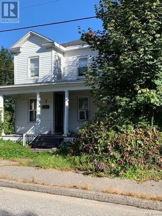 Photo 3: 7 Victoria Street in St. Stephen: Multi-family for sale : MLS®# NB064049