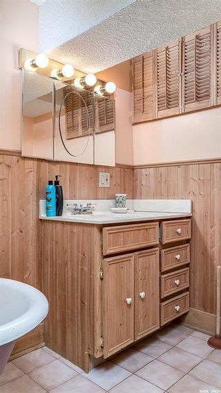Photo 36: 54 Oxford Street West in Moose Jaw: Central MJ Residential for sale : MLS®# SK861108