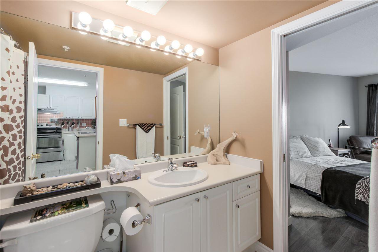 Photo 12: Photos: 331 5880 DOVER CRESCENT in Richmond: Riverdale RI Condo for sale : MLS®# R2046848