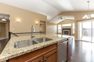 Photo 11: 918 CHAHLEY Crescent in Edmonton: Zone 20 House for sale : MLS®# E4237518