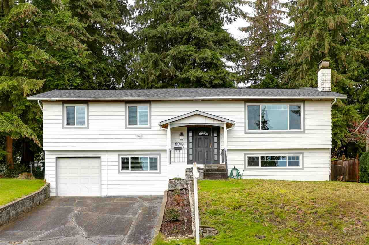 Main Photo: 2978 SURF CRESCENT in Coquitlam: Ranch Park House for sale : MLS®# R2125319