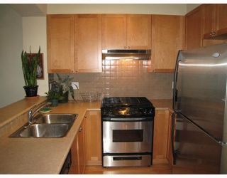 """Photo 4: 313 2280 WESBROOK MALL BB in Vancouver: University VW Condo for sale in """"KEATS HALL"""" (Vancouver West)  : MLS®# V712066"""