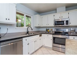 "Photo 4: 2742 SANDON Drive in Abbotsford: Abbotsford East 1/2 Duplex for sale in ""McMillan"" : MLS®# R2285213"