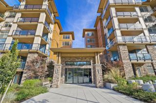"""Photo 2: 408 20673 78 Avenue in Langley: Willoughby Heights Condo for sale in """"GRAYSON"""" : MLS®# R2621279"""