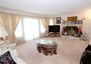Photo 6: 2276 E 61ST Avenue in Vancouver: Fraserview VE House for sale (Vancouver East)  : MLS®# R2255899