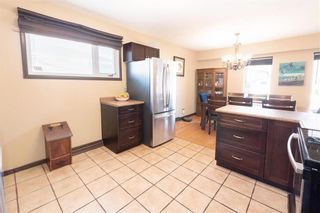 Photo 7: 606 Ian Place in Winnipeg: Residential for sale (3F)  : MLS®# 202106346