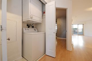"""Photo 15: C1 332 LONSDALE Avenue in North Vancouver: Lower Lonsdale Condo for sale in """"The Calypso"""" : MLS®# R2198607"""