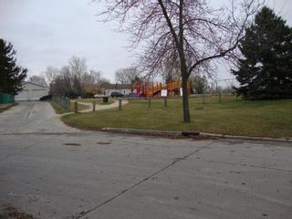 Photo 18: 47 BALABAN Place in Winnipeg: Residential for sale (Canada)  : MLS®# 1122198