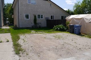 Photo 3: 5 Lake Fall Place in Winnipeg: Fort Garry / Whyte Ridge / St Norbert Single Family Attached for sale (South Winnipeg)