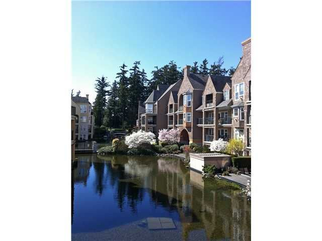 "Main Photo: 303 1363 56TH Street in Tsawwassen: Cliff Drive Condo for sale in ""WINDSOR WOODS"" : MLS®# V922513"