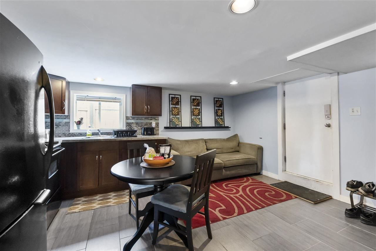 Photo 14: Photos: 1913 EDINBURGH Street in New Westminster: West End NW House for sale : MLS®# R2547519