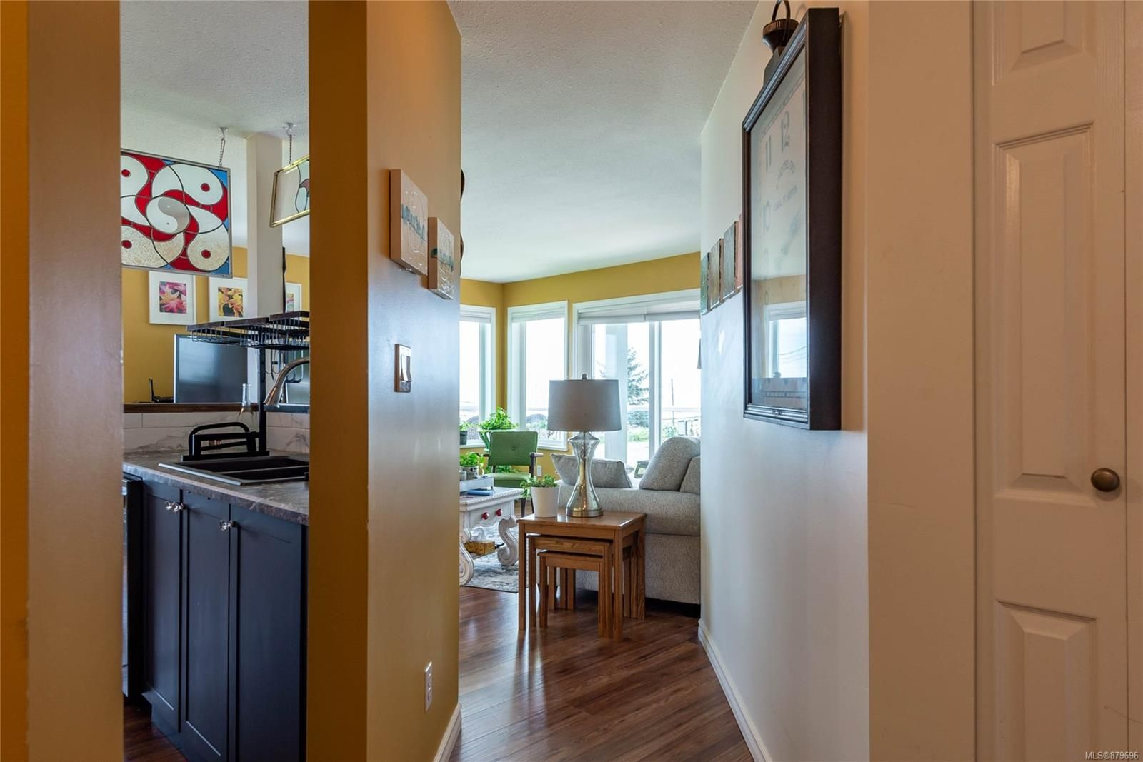 Photo 4: Photos: 219 390 S Island Hwy in : CR Campbell River West Condo for sale (Campbell River)  : MLS®# 879696