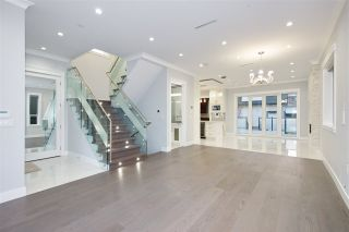 Photo 7: 5515 ARGYLE Street in Vancouver: Knight House for sale (Vancouver East)  : MLS®# R2353399