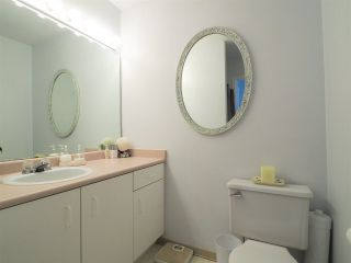 "Photo 11: 13 39920 GOVERNMENT Road in Squamish: Garibaldi Estates Townhouse for sale in ""Shannon Estates"" : MLS®# R2489214"