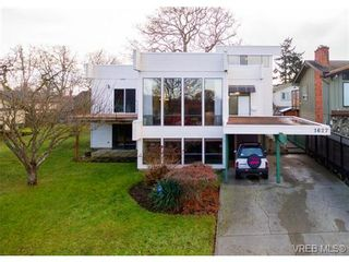 FEATURED LISTING: 1627 Barksdale Dr VICTORIA