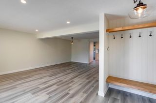Photo 15: 915 Riverbend Drive SE in Calgary: Riverbend Detached for sale : MLS®# A1135568