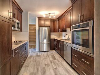 Photo 7: 4321 Riverbend Road in Edmonton: Zone 14 Townhouse for sale : MLS®# E4248105