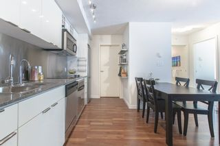 "Photo 3: 706 788 HAMILTON Street in Vancouver: Downtown VW Condo for sale in ""TV TOWERS"" (Vancouver West)  : MLS®# R2289612"