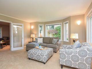Photo 3: 1610 Kingsley Crt in COMOX: CV Comox (Town of) House for sale (Comox Valley)  : MLS®# 835825