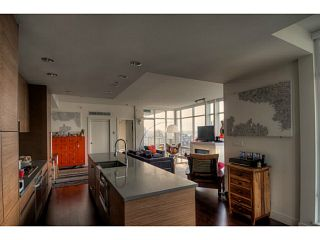 """Photo 3: 2802 565 SMITHE Street in Vancouver: Downtown VW Condo for sale in """"VITA PRIVATE COLLECTION"""" (Vancouver West)  : MLS®# V1098809"""