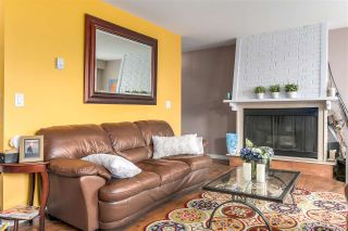"Photo 2: 104 120 E 5TH Street in North Vancouver: Lower Lonsdale Condo for sale in ""CHELSEA MANOR"" : MLS®# R2138540"