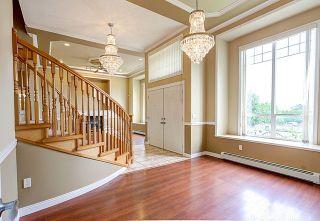 """Photo 5: 9363 160 Street in Surrey: Fleetwood Tynehead House for sale in """"Fleetwood Tynehead"""" : MLS®# R2058437"""