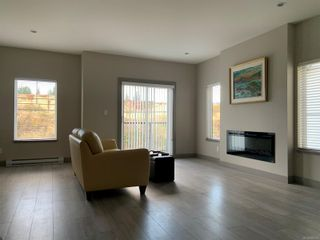 Photo 6: 118 687 Strandlund Ave in Langford: La Langford Proper Row/Townhouse for sale : MLS®# 888322