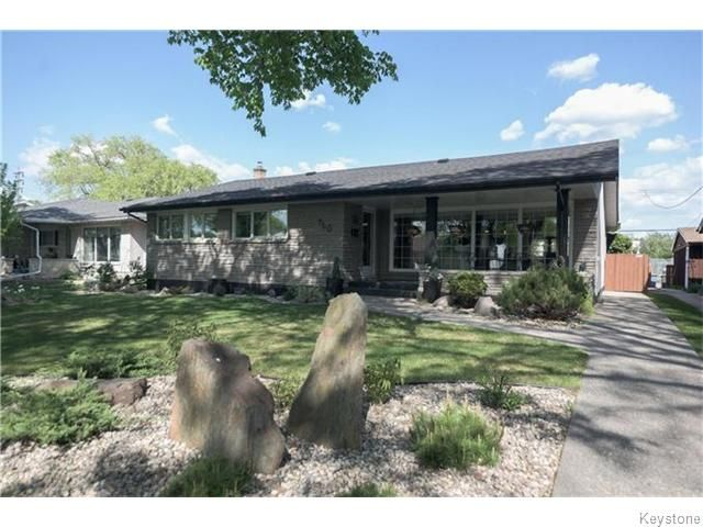 Main Photo: 760 Campbell Street in Winnipeg: River Heights / Tuxedo / Linden Woods Residential for sale (South Winnipeg)  : MLS®# 1613456