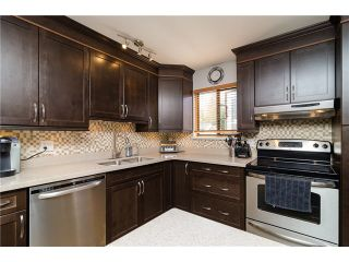 """Photo 5: 38 6629 138TH Street in Surrey: East Newton Townhouse for sale in """"Hyland Creek"""" : MLS®# F1410025"""