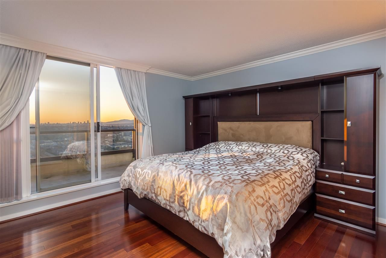 Photo 12: Photos: 3202 2138 MADISON AVENUE in Burnaby: Brentwood Park Condo for sale (Burnaby North)  : MLS®# R2413600