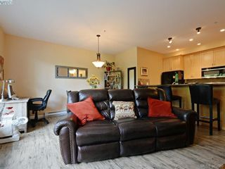 Photo 9: 102 10421 Resthaven Dr in SIDNEY: Si Sidney North-East Condo for sale (Sidney)  : MLS®# 768951
