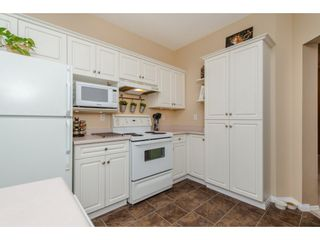 """Photo 14: 105 32120 MT WADDINGTON Avenue in Abbotsford: Abbotsford West Condo for sale in """"~The Laurelwood~"""" : MLS®# R2151840"""