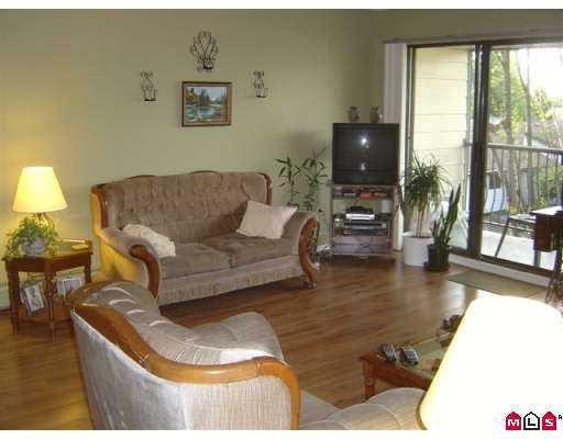 "Photo 3: Photos: 312 7426 138TH ST in Surrey: East Newton Condo for sale in ""Glencoe Estates"" : MLS®# F2618975"