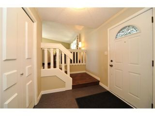 Photo 2: 535 CEDARILLE Crescent SW in CALGARY: Cedarbrae Residential Detached Single Family for sale (Calgary)  : MLS®# C3474315