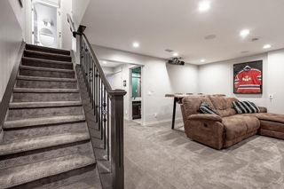 Photo 30: 2403 30 Street SW in Calgary: Killarney/Glengarry Semi Detached for sale : MLS®# C4261966
