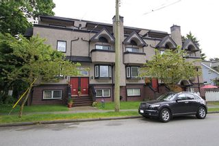 Photo 35: 2304 VINE ST in Vancouver: Kitsilano Townhouse for sale (Vancouver West)  : MLS®# V894432