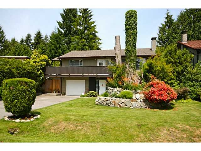 """Main Photo: 2655 TUOHEY Avenue in Port Coquitlam: Woodland Acres PQ House for sale in """"Woodland Acres"""" : MLS®# V1068106"""