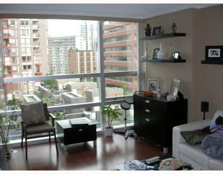 "Photo 10: 509 1050 BURRARD Street in Vancouver: Downtown VW Condo for sale in ""SUITES AT WALL CENTRE"" (Vancouver West)  : MLS®# V771127"