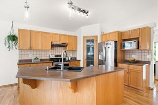 Photo 11: 102 Lindmere Drive in Winnipeg: Linden Woods Residential for sale (1M)  : MLS®# 202117284