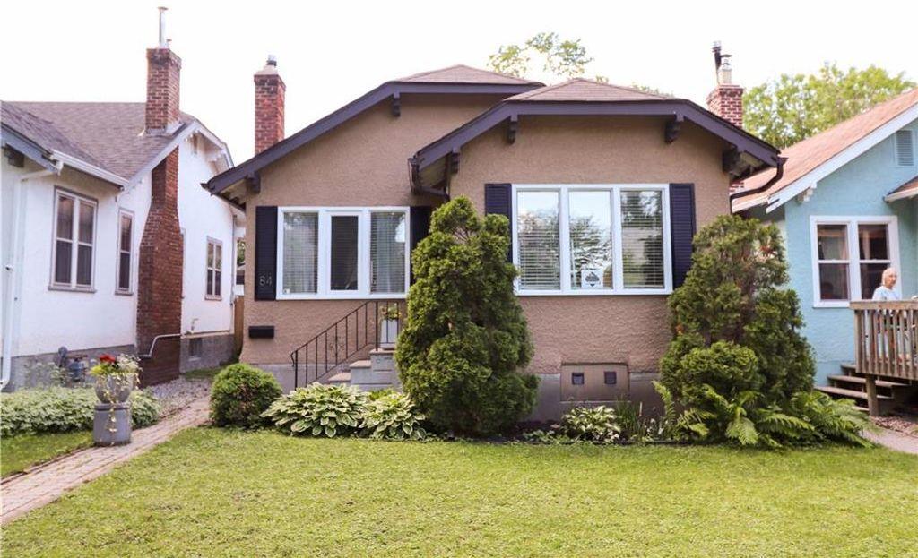 Main Photo: 84 Harbison Avenue West in Winnipeg: Glenelm Residential for sale (3C)  : MLS®# 202014757