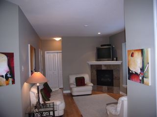 Photo 8: 3338 148 Street in Maple Wynd: Home for sale : MLS®# F2723715
