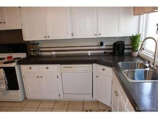 Photo 15: 1445 CONNAUGHT Street in Regina: Rosemont Single Family Dwelling for sale (Regina Area 02)  : MLS®# 514913
