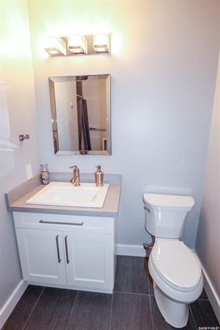 Photo 17: 849 Colonel Otter Drive in Swift Current: Highland Residential for sale : MLS®# SK863810