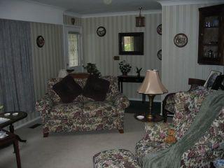 Photo 2: 3500 TRUMOND Avenue in Richmond: Seafair House for sale : MLS®# V973310