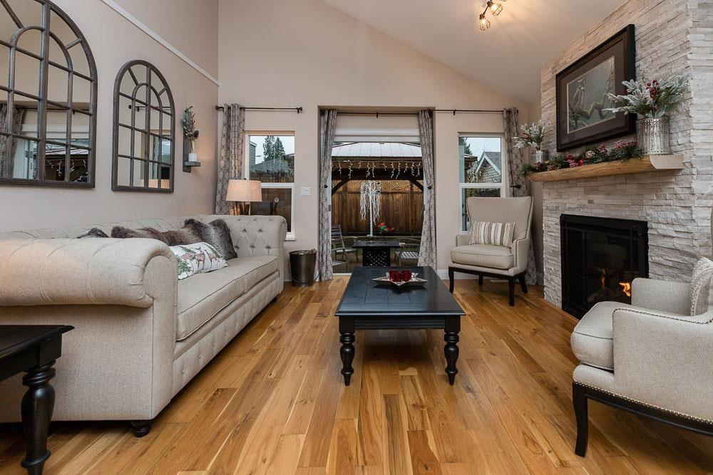 Photo 8: Photos: 11494 207 Street in Maple Ridge: Southwest Maple Ridge House for sale : MLS®# R2522795