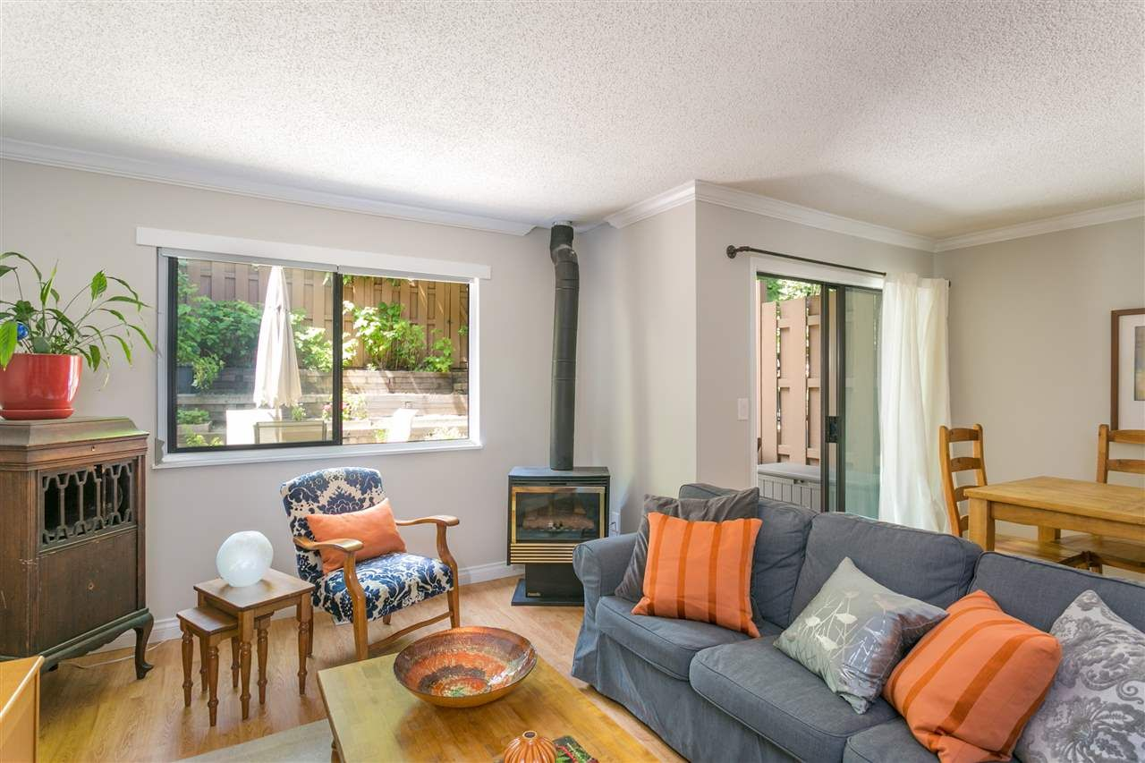 """Main Photo: 203 CARDIFF Way in Port Moody: College Park PM Townhouse for sale in """"Easthill"""" : MLS®# R2380723"""