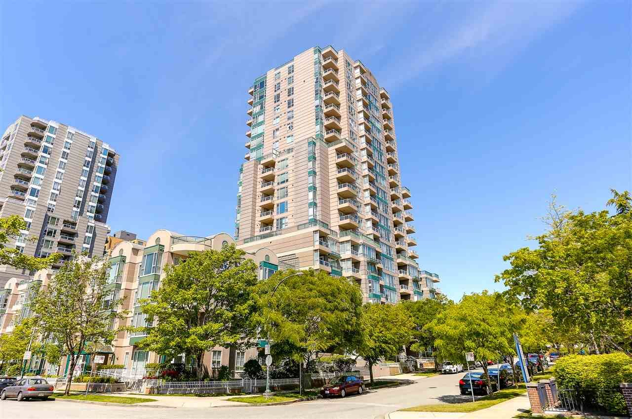 """Main Photo: 208 5189 GASTON Street in Vancouver: Collingwood VE Condo for sale in """"MACGREGOR"""" (Vancouver East)  : MLS®# R2169299"""