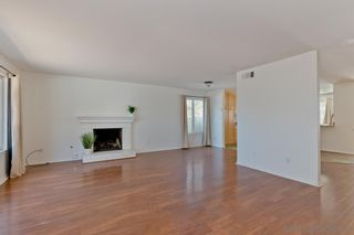 Photo 2: SAN DIEGO House for sale : 3 bedrooms : 4031 Cadden Way